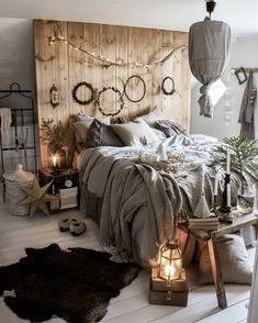 Rustic Bedroom Design, Bohemian Bedroom Decor, Decor Room, Modern Bedroom, Diy Home Decor, Bohemian Living, Bohemian Style, Bedroom Designs, Modern Bohemian