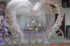 Oct 2006 Extravagant Cinderella wedding cakes are just half of what . Wedding Cake Table Decorations, Cool Wedding Cakes, Wedding Table, Wedding Centrepieces, Tacky Wedding, Cinderella Wedding, Cinderella Carriage, Cinderella Coach, Cinderella Cakes