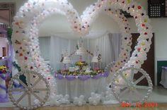 Oct 2006 Extravagant Cinderella wedding cakes are just half of what . Wedding Cake Table Decorations, Cool Wedding Cakes, Wedding Table, Wedding Ideas, Wedding Centrepieces, Decor Wedding, Wedding Receptions, Diy Wedding, Princess Party