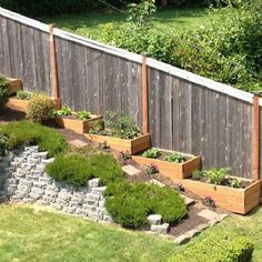 The benefits of a sloped backyard or sloped yard are more then simple plants' layouts! Make an amazing landscape in your sloped backyard instantly! Sloped Backyard Landscaping, Backyard Fences, Modern Landscaping, Landscaping Ideas, Backyard Ideas, Landscaping Borders, Sloping Backyard, Mulch Ideas, Vegetable Garden