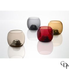 Erstes Lieblingsaccessoire für die Herbstsaison 2015. Kaasa Kerzenhalter für Teelichter von Iittala. 89,- Euro  First musthave for autumn season 2015. Kaasa candleholder for tealights from Iittala.