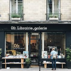0fr Bookstore in Paris, photo by @irenekly