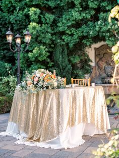 Gold & Glittery Cocktail Tablecloths!