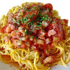Zuchinni Pasta, Zucchini Pasta Recipes, Zucchini Noodles, Most Popular Recipes, Great Recipes, Yellow Zucchini, Roma Tomatoes, My Best Recipe, Food Photography