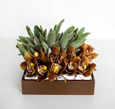 10 Flower Arrangements That Look Like YA Covers