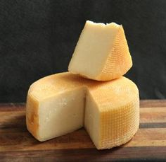 the word on cheese Sheep Cheese, Milk And Cheese, Best Cheese, Cheese Boards, How To Make Cheese, Dairy, Butter, Fresh, Food