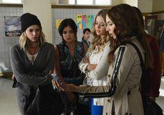 "Pretty Little Liars Spoiler Photos — Season 5, Episode 6: ""Run, Ali, Run"""