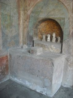 """""""Lararium"""" with cast of little statues - The """"House of Menander"""" at Pompeii, as a matter of fact of Quintus Poppaeus, related to Poppaea Ancient Pompeii, Pompeii And Herculaneum, Ancient Ruins, Ancient Artifacts, Ancient Greece, Ancient History, Statues, Machu Picchu, Ancient Discoveries"""
