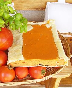 Galette Tricolori. Italian dish made of tomatoes, spinach and hard cheese wrapped in puff pastry - 2pots2cook.com