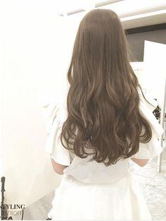 Brown Hair Long Curly Hair, Curly Hair Styles, Ash Brown Hair Dye, Hair Goals Color, Hair Color For Morena, Ulzzang Hair, Peinados Pin Up, Ombre Hair, Hair Looks