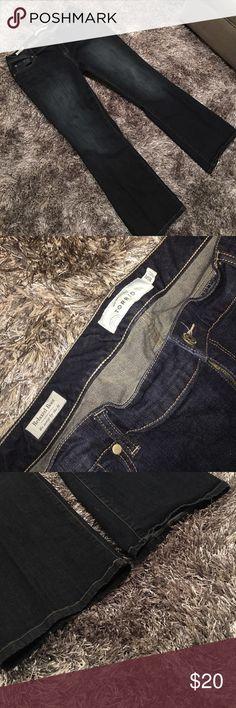 Final ✂️ Torrid relaxed boot cut jeans. EUC Blue distressed Torrid relaxed boot cut jeans. Size 16. Excellent condition. torrid Jeans Boot Cut