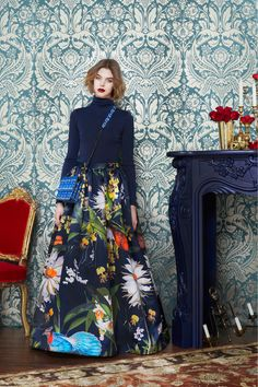 This skirt is stunning. Now I need to find a mad floral pattern...Preciously Me blog : Alice + Olivia Fall 2013