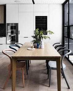"""1,001 Likes, 8 Comments - est (@est_living) on Instagram: """"INTERIORS: Decidedly modern, this Richmond home by @technearchitects offers the perfect dining…"""""""