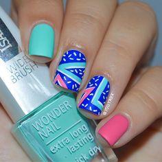 Solo shot of my nails for the @mireieta_nails' bday collage  I chose to recreate this one because it's so colorful and reminds me the 80's!  . Don't forget to visit @mireieta_nails' account and show her some love!  .  . Y éste es el diseño que escogí para el collage de cumpleaños de @mireieta_nails  Escogí recrear éste en concreto por que me encantó el colorido y por que me recuerda mucho al estilo de los 80!  . No olvidéis visitar el perfil de @mireieta_nails, es una ar...