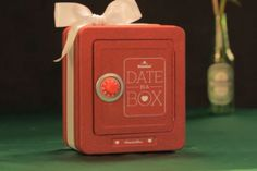 Heineken Dares Guys to Get Sentimental, in Return for a Date in a Box - Interactive (video) - Creativity Online