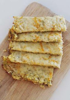 """Cauliflower Cheesy """"Bread"""""""