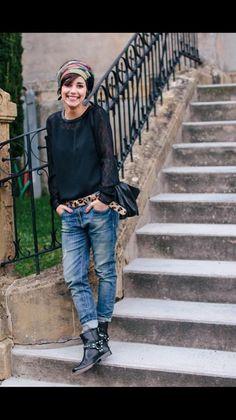 Jeans boyfriend femme – tenue jolie Boyfriend jeans woman & pretty outfit The post Boyfriend jeans woman & pretty outfit appeared first on Best Pins. Mode Outfits, Jean Outfits, Casual Outfits, Fashion Outfits, Jeans Fashion, Fashion Boots, Converse Outfits, Fashion Weeks, Look Boho Chic