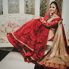 Red embroidered wedding lehenga. Indian wedding outfit #lehenga #indianwedding