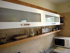 Amoblamientos de Cocina | Edgar Monlezun Modern Kitchen Cabinets, Kitchen Art, New Kitchen, Kitchen Decor, Tv Unit Furniture, Kitchen Furniture, Kitchen Bar Design, Kitchen Island Cart, Wood Rack