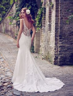 Become a Maggie Sottero Insider and gain access to the latest bridal collections and you'll be finding your dream gown in no time.