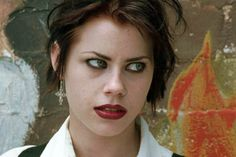 Halloween Tutorial: Fairuza Balk As Nancy In 'The Craft' The Craft 1996, The Craft Movie, Nancy The Craft, Nancy Downs, Fairuza Balk, Halloween Tutorial, Brown Lipstick, Club Kids, Makeup Inspo