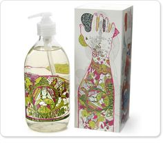 La Compagnie de Provence liquid Marseille soap packaging. There is so much going on it's hard to know where to start. There is a visual hand-washing, religious symbols, hearts, motions, tattoos... Love the color and style.