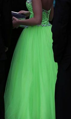 Neon green prom dress with toole.D.C. Everest prom. Style 2014 130c90fc0
