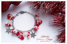 USD 25.00 Christmas bracelet New Year bracelet jewelry snowman socks mittens snowflakes