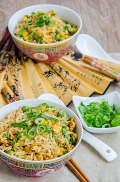Traditional stir fry rice with corn and peas. Steamed Rice, Fried Rice, Rice With Corn, Chinese Breakfast, Traditional Chinese Food, Stir Fry Rice, Asian Recipes, Ethnic Recipes, Good Food