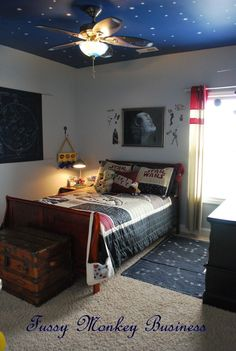 SPACE THEME ROOMS - We bought our house before our first child was even born and one of our first projects was painting a kids space room in our spare bedro Bedroom Setup, Bedroom Themes, Bedroom Styles, Bedroom Decor, Steampunk Bedroom, Galaxy Bedroom, Bedroom Ideas Pinterest, Star Wars Bedroom, Escape Room