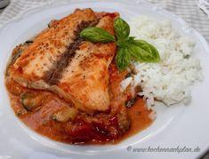 kochennachplan.de Lachs auf Zucchini - Tomatensoße...... lecker und leicht :) Zucchini, Pork, Meat, Chicken, Cooking Rice, Salmon, Recipies, Kale Stir Fry, Pork Chops