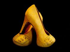 Dutch Clog Pumps by Amsterdam Today, via Flickr