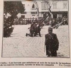 Jura de bandera en la plaza de San Antonio