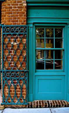 Door in historic French Quarter of Charleston, SC    |Meridith112|