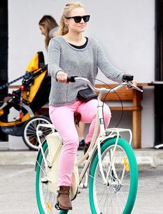 Green wheeled bicycle <3