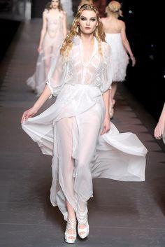 Christian Dior Fall 2011 Ready-to-Wear Fashion Show - Laura Blokhina