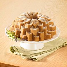Forma do babki Blossom Nordic Ware.Więcej znajdziesz na mykitchen.pl #kuchnia #homedecor #wypieki