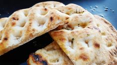 Can you make bread without yeast: Flatbread<br> BREAD has become a valuable commodity during the coronavirus crisis, as people continue to stockpile and panic buy during the government lockdown. Can you make bread without yeast? Great Recipes, Snack Recipes, Snacks, Mediterranean Bread, Easy Flatbread Recipes, Halva Recipe, Smash Recipe, Indian Cookbook, Fried Fish Recipes