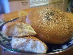 Лепёшки узбекские Hamburger, Bread, Food, Breads, Baking, Hamburgers, Meals, Yemek, Burgers