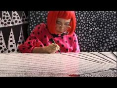 """Tate video on Yayoi Kusama """"The nine decades of Yayoi Kusama's life have taken her from rural Japan to the New York art scene to contemporary Tokyo, in a career in which she has continuously innovated and re-invented her style"""" Yayoi Kusama, Artist Art, Artist At Work, Nadir Afonso, Ecole Art, Whitney Museum, New York Art, Japanese Artists, Cultura Pop"""