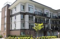Change your expectations of what a modern multi-family can be with EasyTrim Reveals aluminum trims and fiber cement panels. Multi Family Homes, Apartment Layout, Panel Systems, Facade, The Neighbourhood, Multi Story Building, Cement, Villa, Exterior