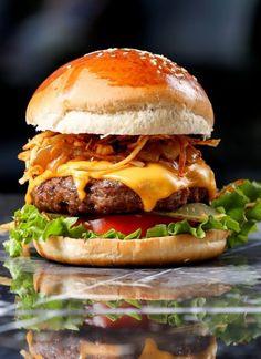 7 ακαταμάχητοι μεζέδες για μπίρα | Έθνος Hamburger, Mouths, Livestock, Healthy, Ethnic Recipes, Photoshop, Science, Technology, Traditional