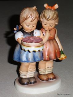 Happy Birthday Goebel Hummel Figurine #176/0 TMK7 - SIGNED by MASTER PAINTER - Great Collectible Birthday Present / Gift!