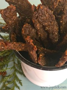 Homemade BEEF JERKY the quick & easy way! (We think this recipe is pretty nearly perfect :-) | Farm Girl Inspirations