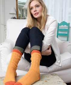 Woman's Book Socks Free Knitting Pattern from Red Heart Yarns