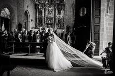 """""""Siempre soñé..."""" Esencias de la boda de Jose Carlos y Ana ¿Como deseas que sean tus recuerdos? Javier Romero Fotografía - www.javieromerodiaz.com #haciendavistahermosa #luisperez #sherry #bodegas #bodasjerez #fotografodebodas #vinosjerez #reportajesbodas #weddingphotography #novias #bodascadiz #weddingplaner #bodasespaña #jerez #love #amor #bodasnet #wedding"""