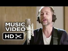 Beautiful... :'( Billy Boyd (Pippin Took) wrote, plays guitar, and sings the closing song for The Hobbit : The Battle of the Five Armies, The Last Goodbye.