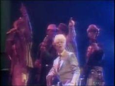 1976,#Bowie,#classics,#David,#David #Bowie,Davy #Jones,golden,golden #years,#Rock,#Sound,#Soundklassiker,#Station To #Station,thin #white duke,#Years,Ziggy Stardust #David #Bowie   Golden #Years - http://sound.saar.city/?p=52460