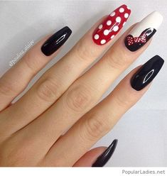 long-disney-printed-nails