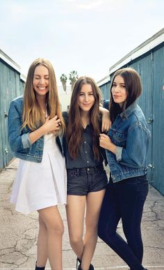 Haim my new music obsession. Thanks to paper towns. Alternative music.